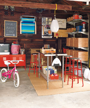 Merveilleux See More Photos At  Http://www.realsimple.com/home Organizing/organizing/tips Techniques/great  Garage Makeovers 00000000034588/page13.html (Credit: Jonny ...