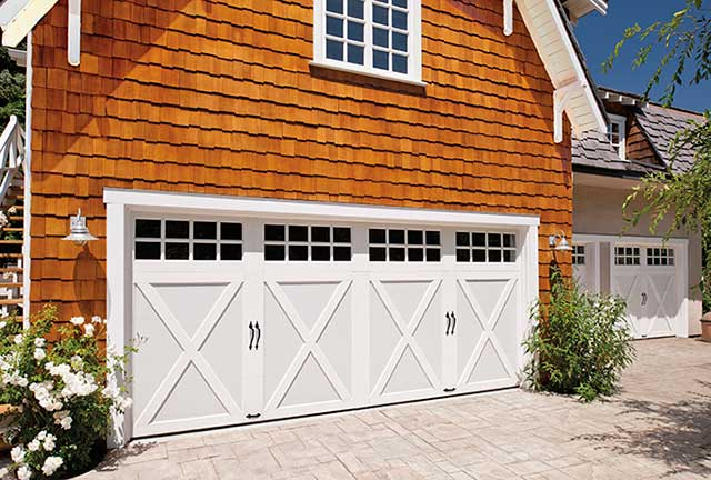 Garage doors for farmhouse style homes for Farmhouse garage doors