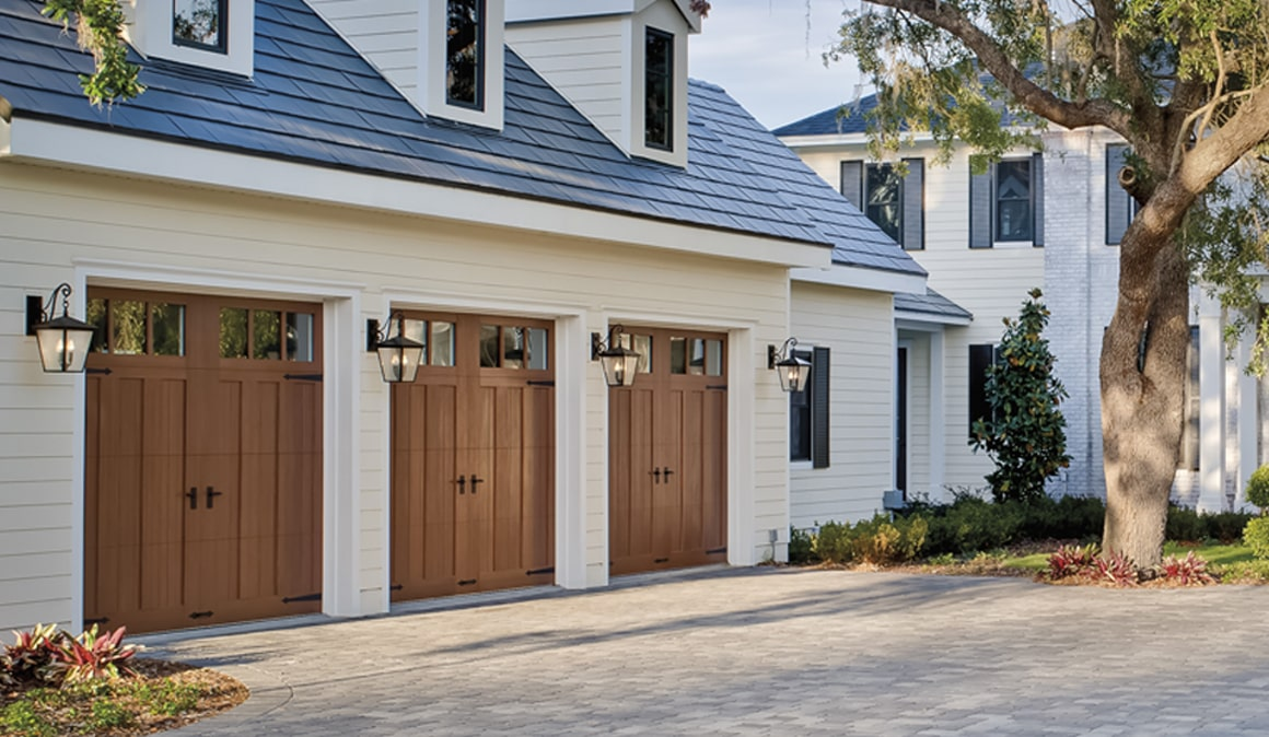 10 ft garage doorFaux Wood Garage Doors Clopay Canyon Ridge Collection